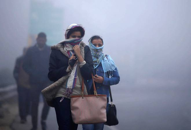 Delhi temperature today: Coldwave, dense fog to continue to prevail over national capital