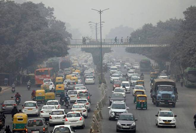 Relief for Delhi residents! Air quality improves drastically to 'moderate' category