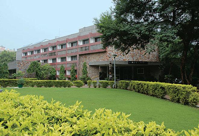 DU's Department of Financial Studies