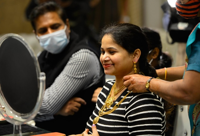 Dhanteras 2020: Gold jewellery sales likely to record 35% jump over last year