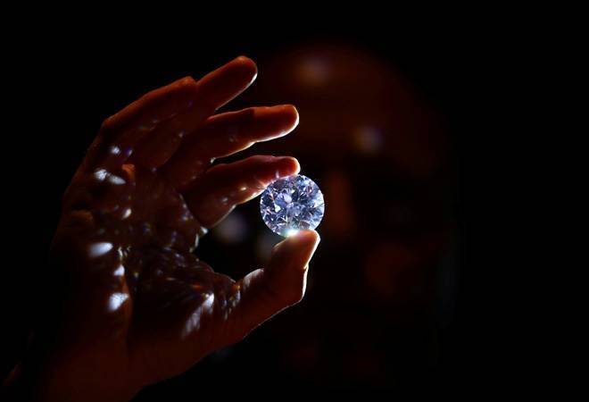 De Beers to launch first diamond blockchain; here's how it will work