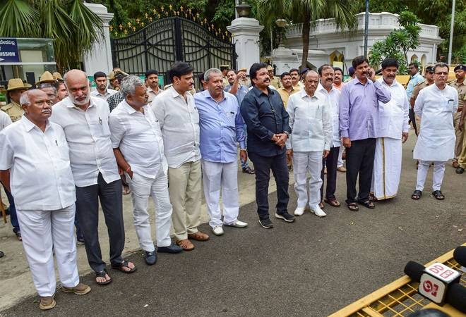 Not aware of presence of 10 dissident MLAs odf Congress- JD (S) in Mumbai: BJP