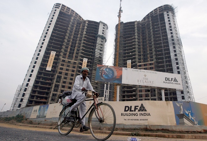 DLF debt up 4% at Rs 19,944 cr, to raise Rs 3,600 cr