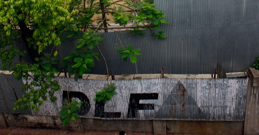 DLF net profit falls 49% in December quarter