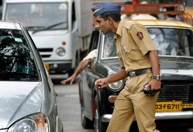 How to keep driving license on your smartphone using DigiLocker
