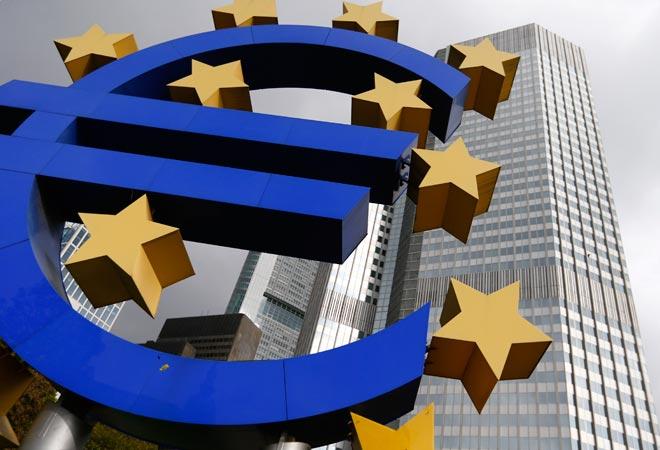 ECB slashes inflation, growth forecasts for euro zone