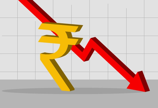 Rupee depreciates 11 paise to 73.68 amid rebound in US dollar, weak equities