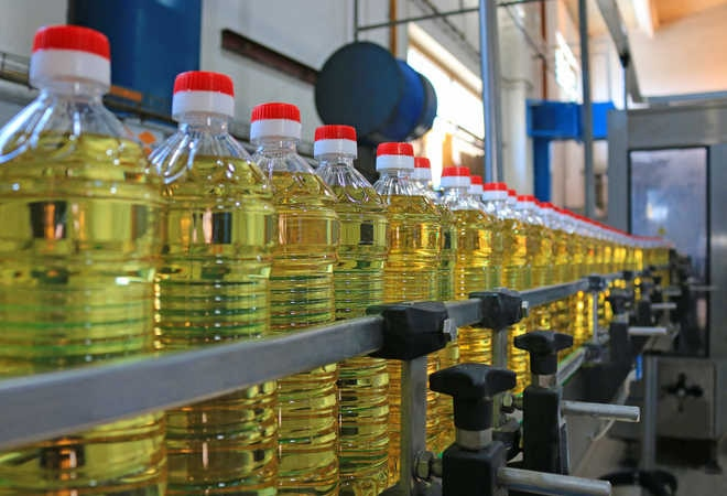 Centre hopes edible oil prices to drop with release of imported stock