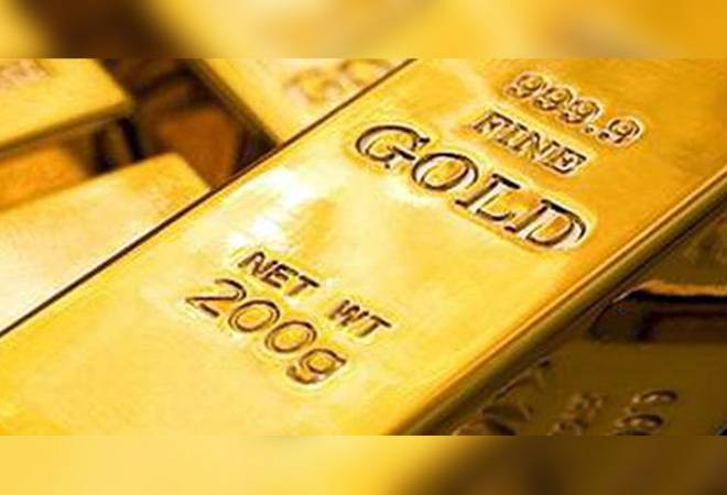 Gold price falls for 2nd day; down Rs 1,600 from record high