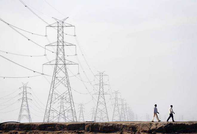 Discoms' outstanding dues to power gencos rise 35% to Rs 1.41 lakh crore in Nov