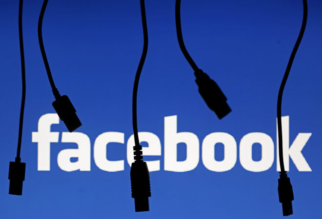 Facebook ties up with nine publishers to directly inject news