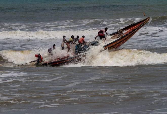 India to evacuate 8 lakh people along east coast before Cyclone Fani hits