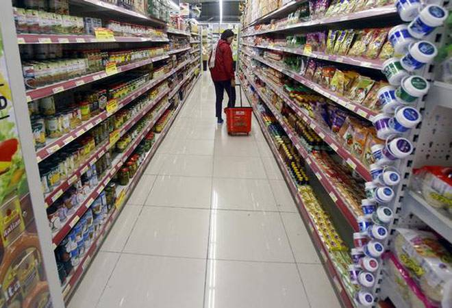 Inflation cools to -0.9% in Jan as food prices ease