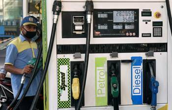 Petrol prices remain unchanged for 9th consecutive day; diesel prices see pause
