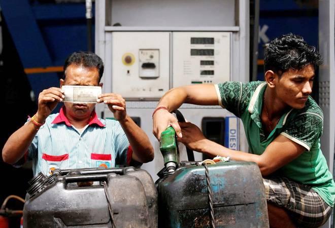 Petrol, diesel demand in India to grow around 4.7% by 2025: Nayara Energy