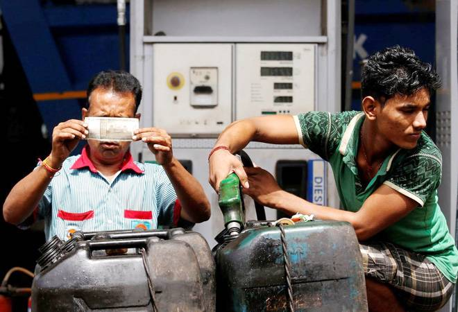 India's fuel demand to rise 9.8% in year to March 2022