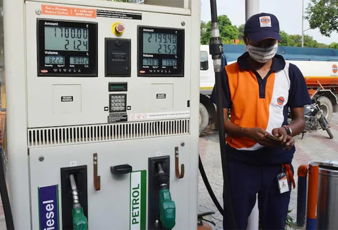 No respite! Petrol, diesel prices hiked for 6th day in a row, continue to  soar in Delhi, Mumbai