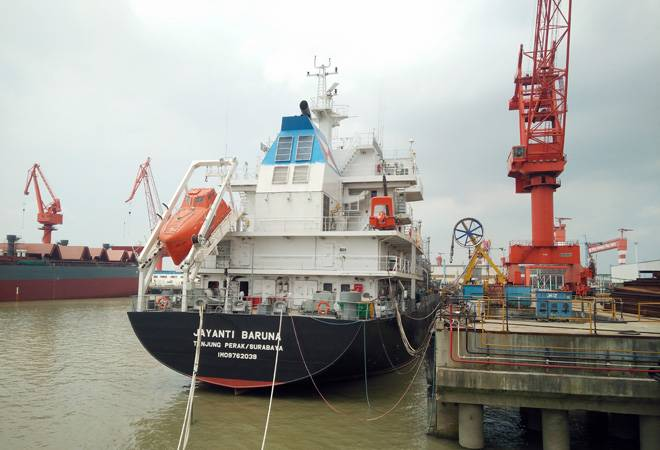 Gail India offers up to 10 LNG cargoes for loading from US: report