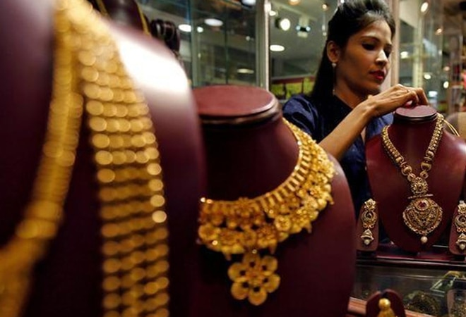 No new KYC disclosure norm for jewellery purchase, only valid for high value cash purchases
