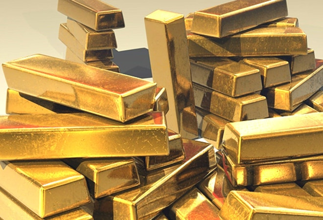 Gold price slips for fourth day, silver rates at Rs 56,500
