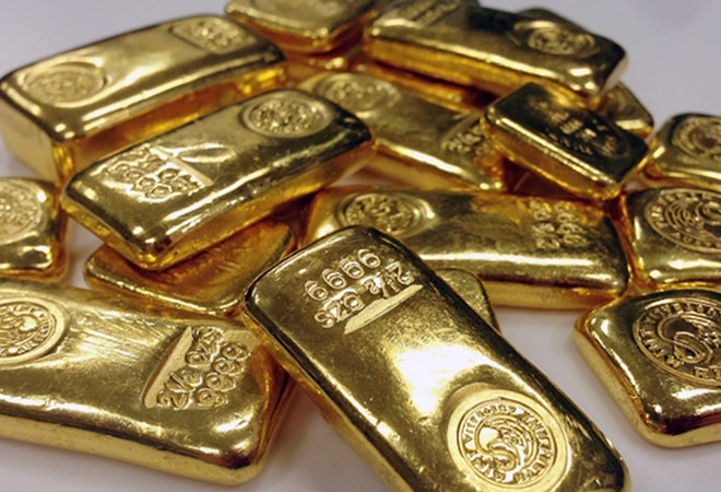 Gold price trades above Rs 50K mark; silver at Rs 62,500