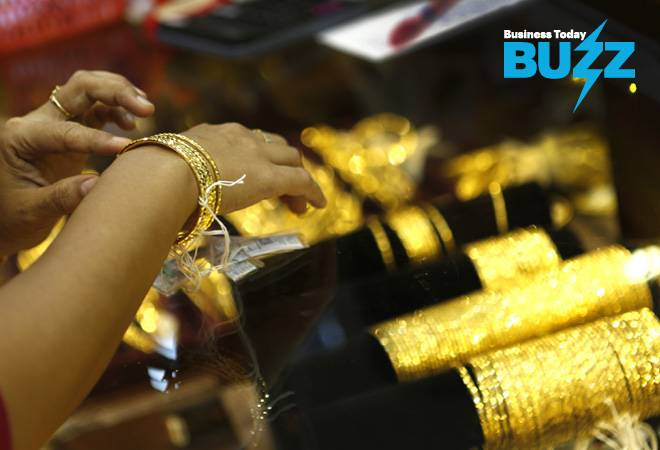 BT Buzz: Gold prices shoot to Rs 38,000 amid trade war, rush for safe haven