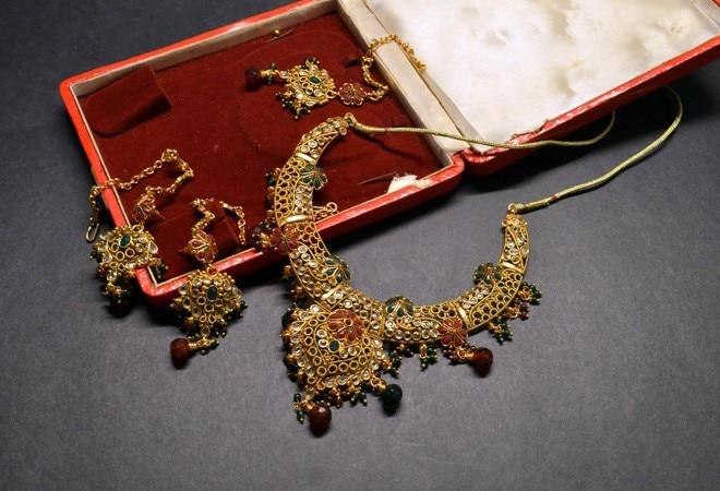 Gold hallmarking deadline extended till July 1 next year