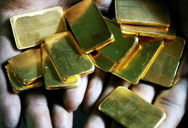 Gold price rises on global trade concerns, silver follows suit
