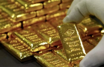 How stimulus measures, coronavirus woes can help gold prices firm up