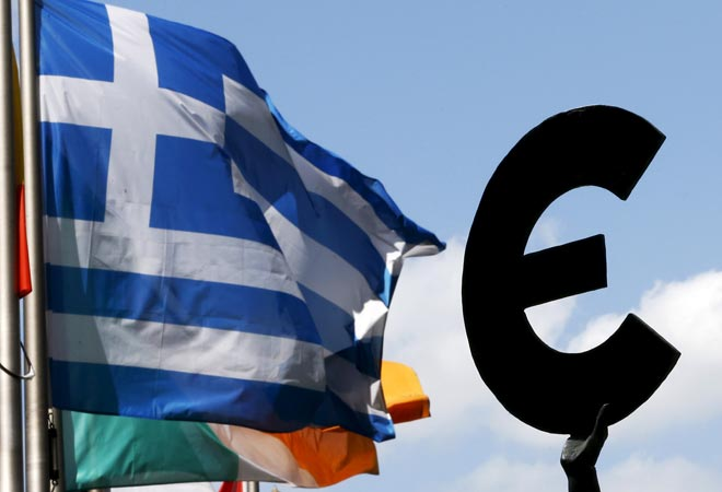Greece faces last chance to stay in euro as cash runs out