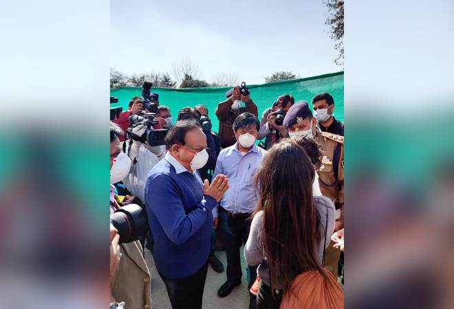 Coronavirus: Health Minister Harsh Vardhan meets first batch of Indians who came from Wuhan