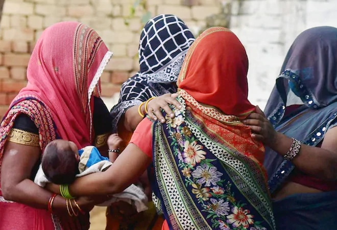Hathras gang rape: NHRC issues notices to UP govt, state DGP