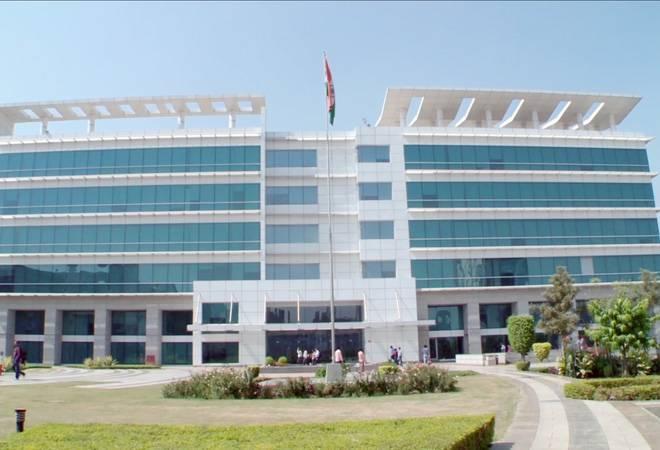 HCL Technologies Q3 net profit rises 19% YoY to Rs 2,611 crore