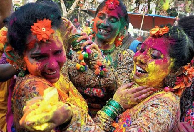 Holi 2021: Wishes, messages, Facebook, WhatsApp status, stickers, best Holi songs, greetings, images and pictures