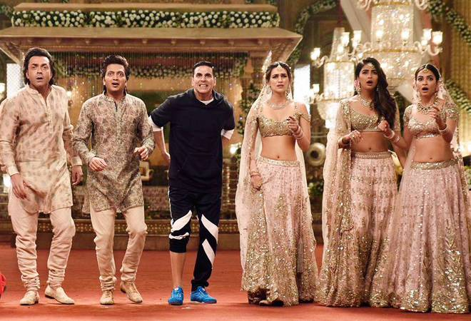 Housefull 4 Box office Collection Day 3: Akshay Kumar' s film earns Rs 50 crore in Diwali weekend