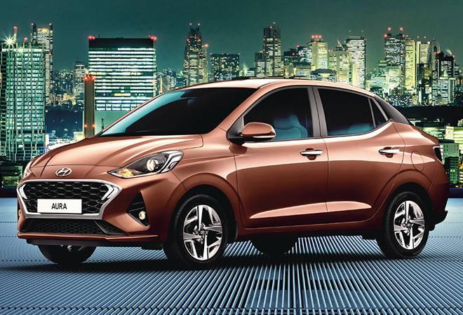 Hyundai Aura pitted against Suzuki Dzire, Honda Amaze; priced Rs 5.8-7.86 lakh
