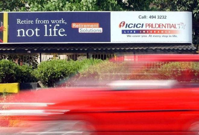ICICI Pru makes a tepid debut to slip 5% against issue price
