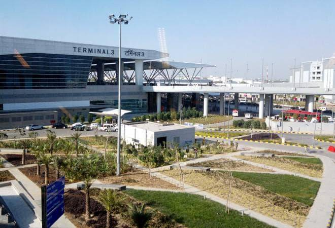 Delhi airport asks flyers to reach airport 3-4 hours in advance amid security concerns