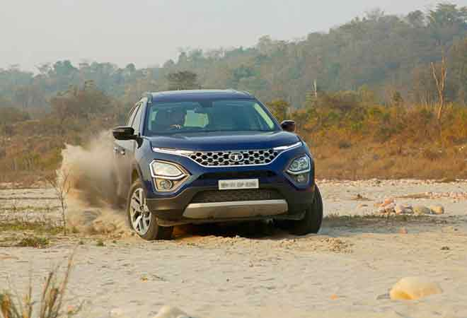Tata Motors rolls back the years, launches the Safari at Rs 14.69-21.45 lakh