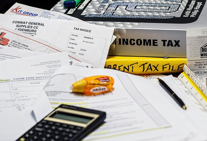 Hashtag 'Extend Due Dates Immediately' trends on Twitter as tax filing deadline nears