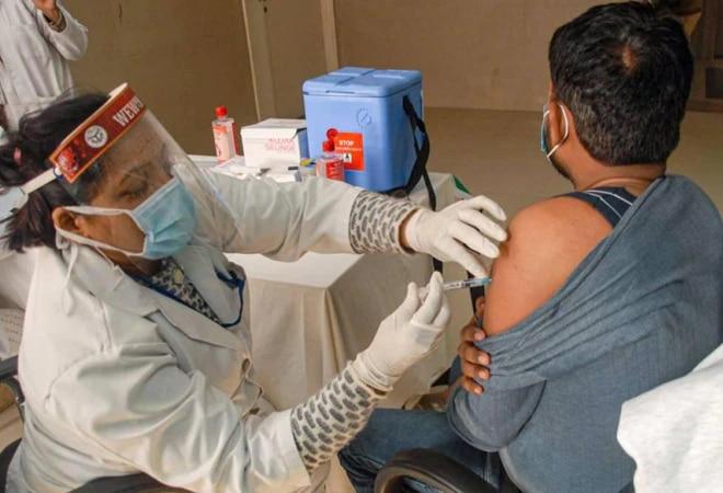 Vaccination phase 2: Govt renegotiates Covishield price at Rs 157.5 from Rs 210 earliVaccination phase 2: Govt renegotiates Covishield price at Rs 157.5 from Rs 210 earlierer