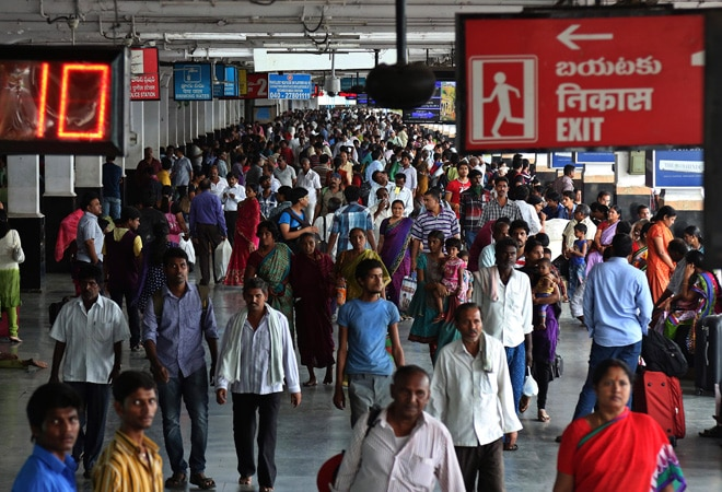 Railway stations may soon get CCD, Pizza Hut outlets