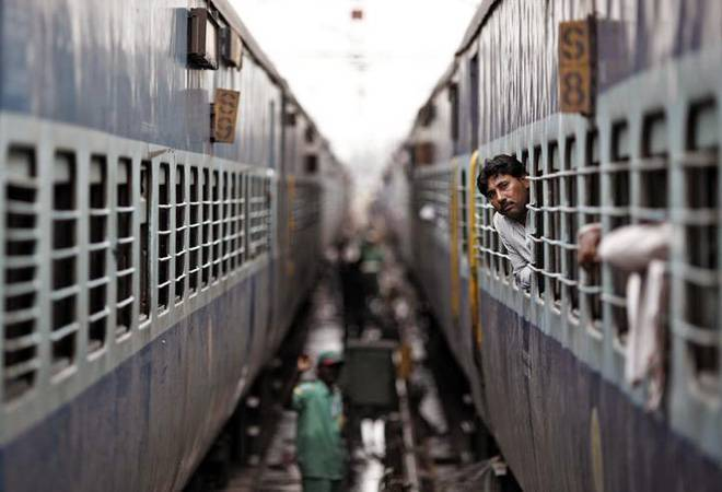 Over 1,000 migrant workers from Puducherry leave for Bhopal by special train
