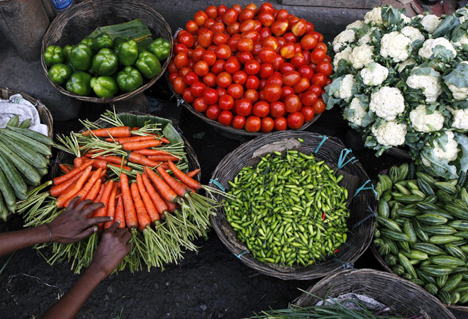Prices of leafy, other vegetables rise by up to 67%