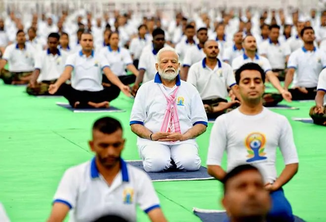 Pm Modi To Launch Fit India Movement On National Sports Day Today All You Need To Know