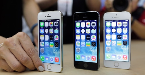 Global smartphone sales ride on India in Q4