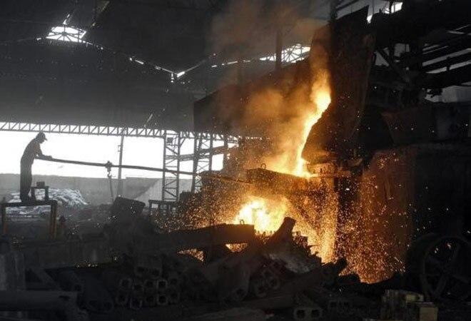 Iron ore export ban costs Karnataka Rs 29,000 crore in 10 years; miners seek relief