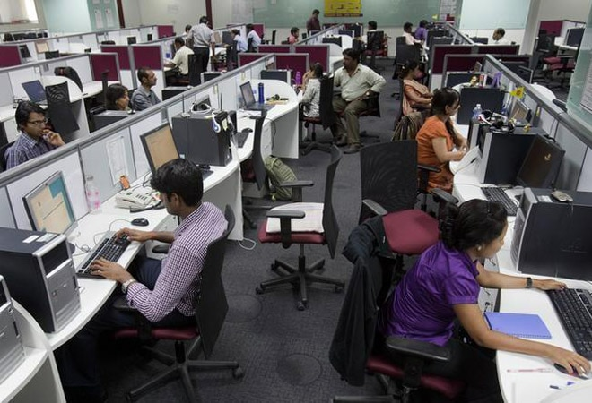 IT sector to see large deal wins for next 4-6 quarters Nomura