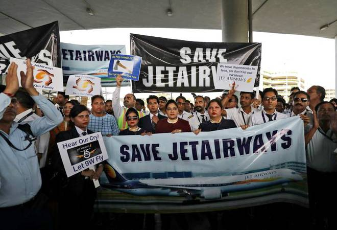 Jet Airways crisis: Employees seek President's intervention for salary dues, emergency funds to airline