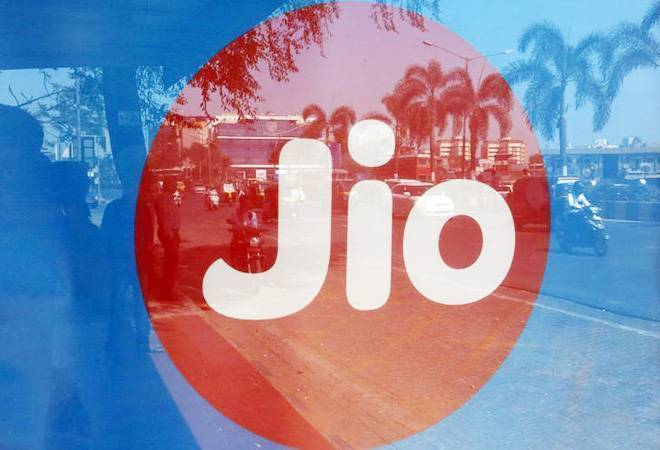 Reliance Jio in talks with KKR to raise up to $1billion: Report